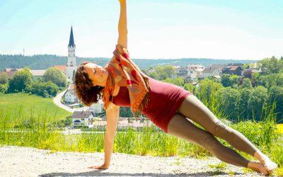 Donnerstag 19.00 – 20.00 Uhr  Online Yoga dynamisch